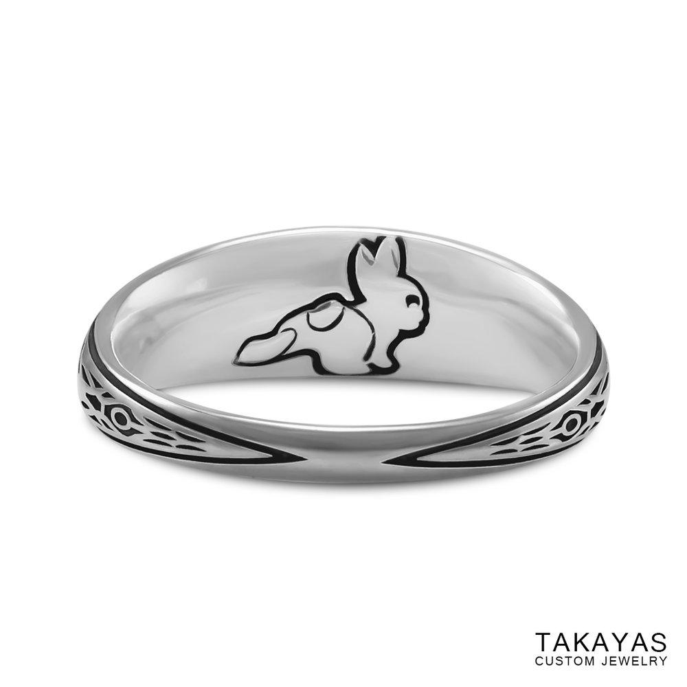 rabbit-back-of-final-fantasy-lightning-ring